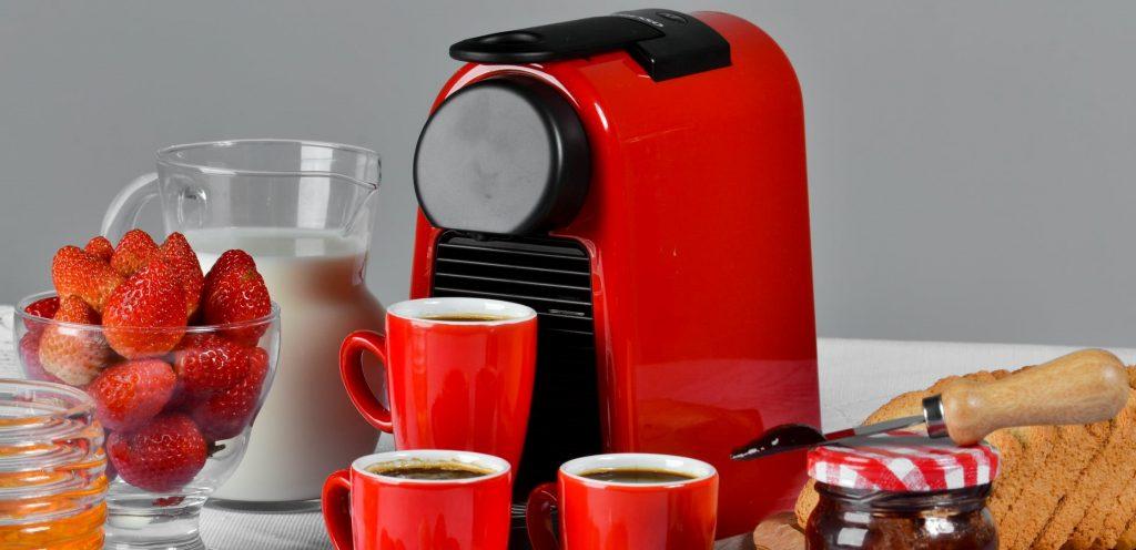 5- برای ضدعفونی قهوه ساز خود از سرکه استفاده کنید.